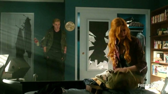 """Clary, I know you're already traumatized by Simon's midget porn collection, but i can do one better."""